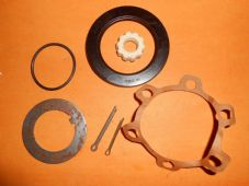 LAND ROVER 88 & 109(1958-80) HUB BEARING SEAL KIT (front or rear) - OLD STOCK